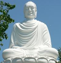 статуя в нячанге